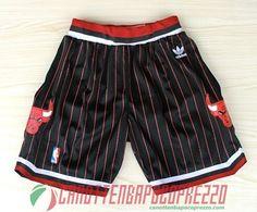 pantaloncini nba poco prezzo Chicago Bulls nere strisce