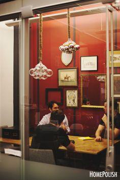 Salita de juntas muy cool en las oficinas de Fueled en NY