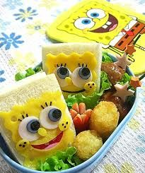 Spongebob sandwich bento sounds sp good and looks so cute i don't know wether to eat it or keep it Cute Food, Good Food, Yummy Food, Kreative Desserts, Japanese Food Art, Bento Recipes, Bento Box Lunch, Bento Kids, Food Humor