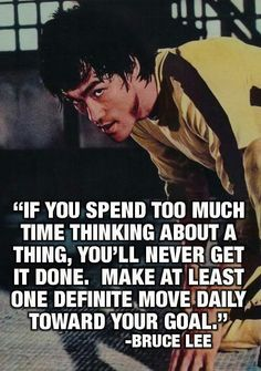 Bruce Lee the words of a peaceful master but who is not Positive Quotes, Motivational Quotes, Inspirational Quotes, Motivational Thoughts, Wisdom Quotes, Quotes To Live By, Time Quotes, Message Positif, Martial Arts Quotes