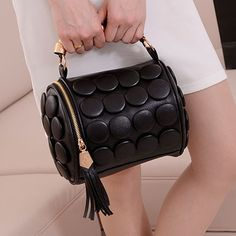 Fashion Zipper Tassels Embellished Solid Black Leather Clutches Bag_Clutches Bags_Handbags_Bags_Cheap Clothes,Cheap Shoes Online,Wholesale Shoes,Clothing On lovelywholesale.com - LovelyWholesale.com
