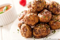 Basic Grass-fed Beef Meatball Recipe // deliciousobsessions.com