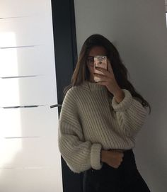 New Knitting Sweaters Outfit Baddie Ideas Winter Mode Outfits, Winter Fashion Outfits, Look Fashion, Fall Outfits, Fashion Beauty, Outfits Casual, Sweater Outfits, Cute Outfits, Fashion Clothes