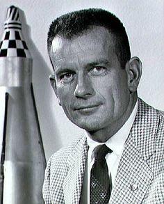 deke slayton | File:Donald K. Slayton (1960).jpg - Wikimedia Commons