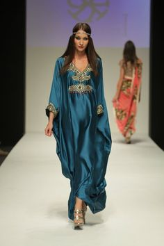 Dubai Fashion Week Spring / Summer 2011 -Part 2/3