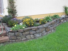 Landscaping Ideas For Small Yards | Walls made of stones and rocks as a continuation of the house. Tiny ...