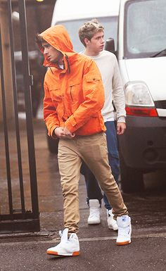 Zayn, orange is definitely your color