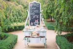 a vintage tea party for your bridesmaids