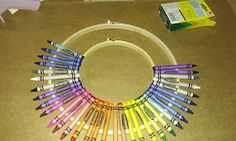 This and that: babies, projects and other mom stuff.: Teacher Christmas Gift: DIY Crayon Wreath