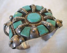 Museum Worthy 1910s to 1920s Old NAVAJO Heavy Gauge Cast Sterling Silver & Turquoise BRACELET