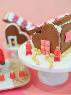 Valentine's Day gingerbread houses