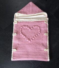saco nene paso paso-crochet-otakulandia.es (6) Crochet Baby Cocoon, Crochet Bebe, Crochet Baby Clothes, Baby Knitting Patterns, Knitted Baby Blankets, Baby Blanket Crochet, Baby Sleeping Bag Pattern, Baby Bunting Bag, Crochet Slippers
