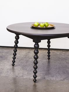 SABIN - Rossmore Dining Table