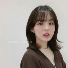 Medium Short Hair, Short Hair With Layers, Medium Hair Cuts, Layered Hair, Medium Hair Styles, Curly Hair Styles, Thin Hair Haircuts, Lob Hairstyle, Haircut And Color