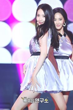 SNSD's official pictures from Music Core