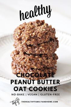 The ORIGINAL healthy plant-based Gluten-Free Vegan Chocolate Peanut Butter Oat No-Bake Cookies recipe from 2015 is an easy recipe made with only 6 clean, whole food ingredients. They're ready to enjoy Desserts Végétaliens, Healthy Chocolate Desserts, Clean Eating Desserts, Healthy Cookies, Healthy Sweets, Healthy Dessert Recipes, Healthy Baking, Chocolate Recipes, Whole Food Recipes