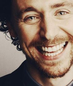 He has the most effervescent smile. It just broadcasts joy like he's got so much of it, he can't quite contain it all. I Smile, Your Smile, Make Me Smile, Tom Hiddleston Benedict Cumberbatch, Tom Hiddleston Loki, Beautiful Smile, Most Beautiful Man, Marvel, Hot Mess