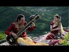 Einen sonnigen Sonntag mit Zauber der Sitar - Charukeshi und Alokesh Chandra