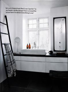 So...how do you feel about an interesting ladder in your ensuite for towels? I found one that I'd like to show you :)