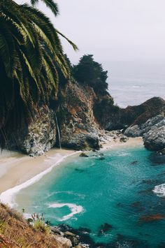 How to Take Good Beach Photos Beautiful Places To Travel, Beautiful Beaches, Dream Vacations, Vacation Spots, Nature Photography, Travel Photography, Travel Aesthetic, Beach Pictures, Beautiful Landscapes