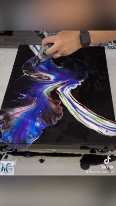Acrylic Painting Tips, Skull Painting, Drip Painting, Abstract Painting Ideas On Canvas, Painting Techniques Canvas, Flow Painting, Marble Painting, Acrylic Pouring Techniques, Acrylic Pouring Art
