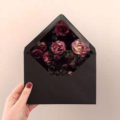 New Wedding Invitations Floral Diy Envelope Liners Ideas Diy Envelope Liners, Envelope Art, Envelope Design, Floral Invitation, Floral Wedding Invitations, Wedding Card, Birthday Invitations, Invites, Diy Cadeau