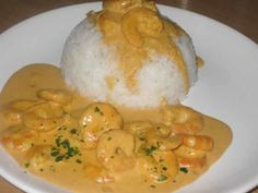 Curry shrimp with cookeo! INGREDIENTS 1 kg of whole shrimp 1 medium can of coconut milk 3 teaspoons of curry PREPARATION First, peel the shrimp. Quick Lunch Recipes, Healthy Recipe Videos, Vegetarian Recipes Easy, Quick Easy Meals, Breakfast Recipes, Curry Shrimp, Healthy Eating Tips, Healthy Snacks, Food