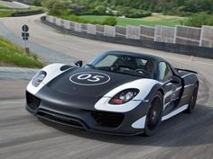 New Porsche 918 Spyder