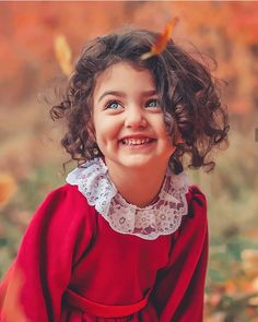Baby girl wallpaper for kids 38 Super Ideas Beautiful Children, Beautiful Babies, Beautiful Eyes, Ideas Hijab, Aya Sophia, Cute Baby Girl Wallpaper, Cute Little Baby Girl, Small Cute Babies, Cute Small Girl