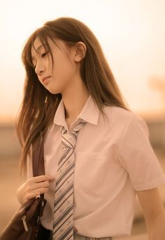 lo-fi beats, hi-fi girls a. Cute Asian Girls, Beautiful Asian Girls, Pretty Girls, Japanese Uniform, High School Girls, Asia Girl, Hey Girl, School Uniform, Japanese Girl