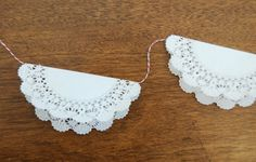 5 minute doily garland....lots of possibilities here.....:)