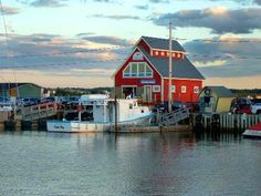 Shediac, New Brunswick Canada. Love this little French harbortown! Ontario, Places To Travel, Places To Go, Acadie, Voyager Loin, East Coast Road Trip, New Brunswick, Canadian Travel