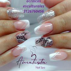 #Acrilicasesculturales #esmaltadosemipermanente #glitternails #atrapasueños #manicura Luxury Nails, Cute Acrylic Nails, Stylish Nails, Nail Spa, Pedicure, Nail Designs, Siri, Beauty, Instagram