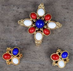 Sarah Coventry Americana Brooch Clip Earrings Set D&E Pin Red White Blue 1972 #SarahCoventry