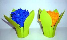 bastelsachen/Muttertag-Blume-blau-u-orange