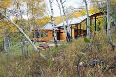 Living in the round in an actual wood yurt gives me so much more inspiration to buy one. Yurt Living, Outdoor Living, Yurt Loft, Round House Plans, Yurt Interior, Off The Grid, Home Photo, House In The Woods, Park City