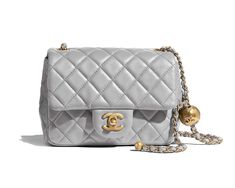 Handbags of the Spring-Summer 2020 CHANEL Fashion collection : Flap Bag, lambskin & gold-tone metal, light gray on the CHANEL official website. Chanel 19, Sac Chanel Boy, New Chanel Bags, Chanel Store, Chanel Mini, Chanel Fashion, Chanel Handbags, Fashion Handbags, Purses And Handbags