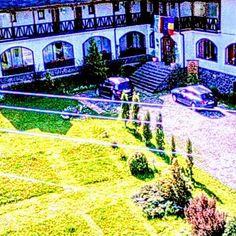 Hanul Curtea Veche-Oldcourtinn. - Guest House in Zona turistica Bran