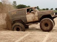 MUD TRUCKS - K5 BLAZER 4X4 HITTIN THE SAND on the Beach - RED RIVER MUD BOG