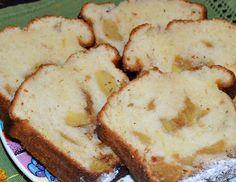 Chec cu iaurt si mere - CAIETUL CU RETETE Romanian Recipes, Romanian Food, Loaf Cake, No Cook Desserts, Banana Bread, Smoothie, Deserts, Pizza, Cookies