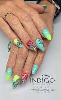 Saltwater & Coco Jambo Gel Brush by Monika Szurmiej Tutaj Indigo Educator #nails #nail #ombre #multicolour #spring #summer #indigo #nailart #wow