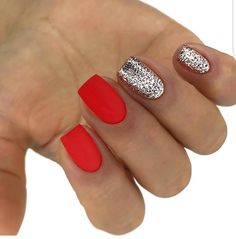 Super nails sencillas verano rojas ideas - My best nail list Tumbler Diy, Nail Manicure, Nail Polish, Manicure Ideas, Ten Nails, Silver Glitter Nails, Red And Silver Nails, Bling Nails, Red Glitter