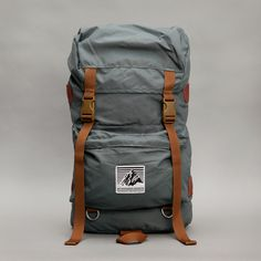Rainier Climbing Pack by Oi Polloi. currently sold out - looks a little small, but very sharp. Hiking Gear, Hiking Backpack, Camping Gear, Men's Backpack, Leather Backpack, Leather Bag, Oi Polloi, Climbing Outfits, Best Bags
