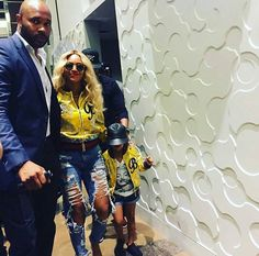 Beyoncé & Blue attending the AT&T Stadium for Chicago v Dallas Cowboys Game 25th September 2016