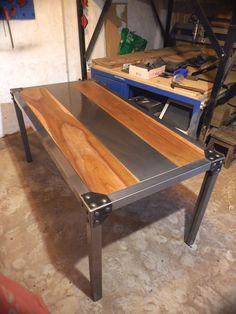 Iron Furniture, Steel Furniture, Modern Furniture, Furniture Design, Outdoor Furniture, Outdoor Decor, Pub Style Table, Rustic Industrial Furniture, Home Decor