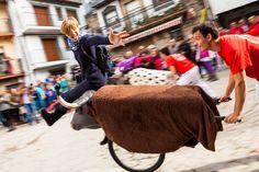 Participa hasta el 31 de agosto en el XI Concurso de Fotografía El Foton elfoton.com #elfoton15 categoría #Aventura Usuario: machbel (España) - Corretoros - Tomada en Valle de Ambroz el 22/11/2014 #photos #travel #viajes #igers #500px #Picoftheday #Fotos #mytravelgram #tourism #photooftheday #fotodeldia #instatravel #contest #concurso #instapic #instaphotomatix #wanderlust #igaddict