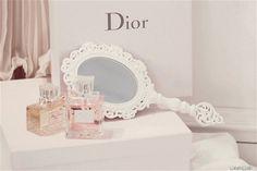 pastel mirror
