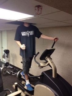 These Photos of Funny Scenes at the Gym Will Brighten Up Your Day