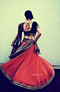 Red and black, with simplistic zari, makes for a striking outfit --- #indian #gujarat #lehenga