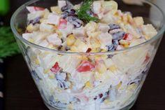 """Sałatka """"puszkowa"""" z kurczakiem, porem, papryką i serem – Smaki na talerzu Tzatziki, Potato Salad, Cabbage, Lunch Box, Appetizers, Potatoes, Vegetables, Ethnic Recipes, Food"""
